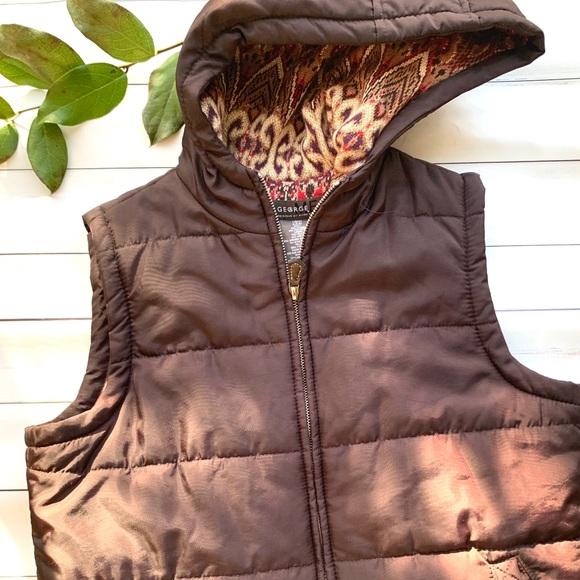 Jackets & Blazers - George Me by Mark Eisen brown puffer vest size S